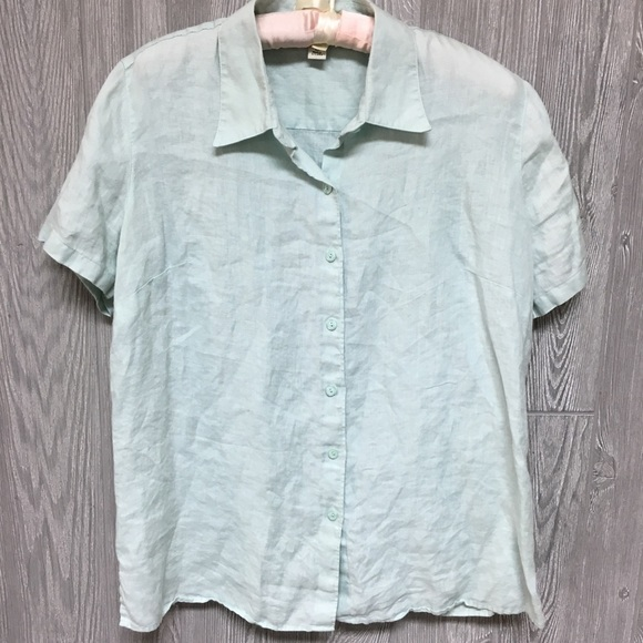 13a5adb79a42c L.L. Bean Tops - L.L. Bean Women s 100% Linen Button Down Top